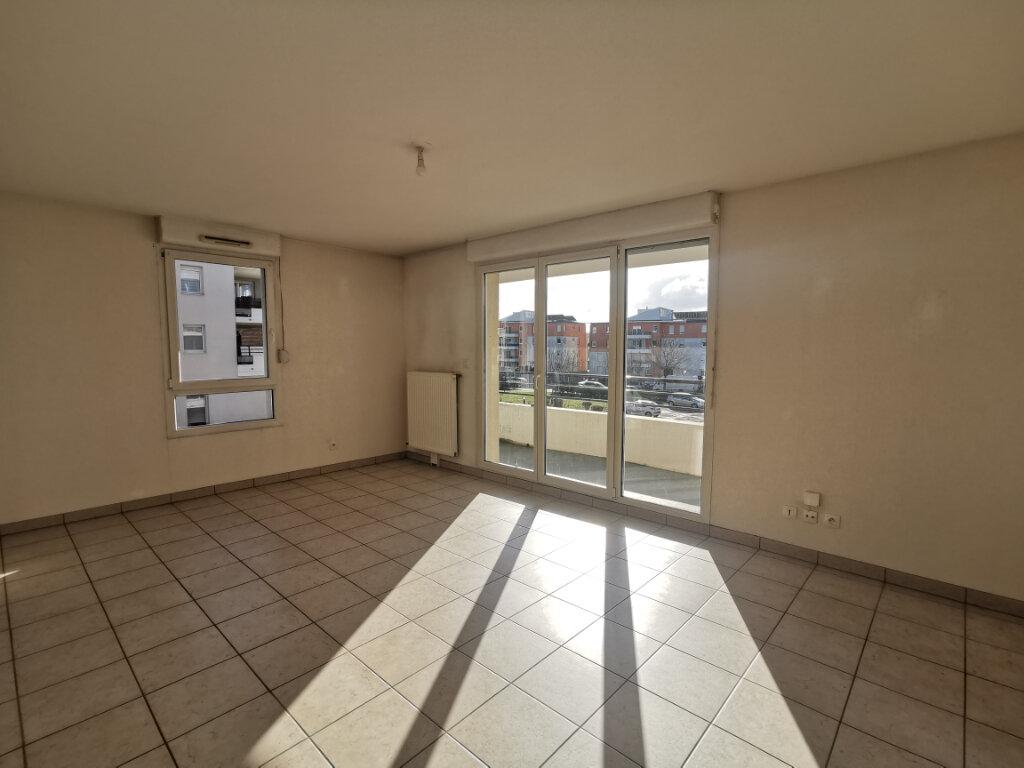 Appartement à louer 3 71.14m2 à Souffelweyersheim vignette-2