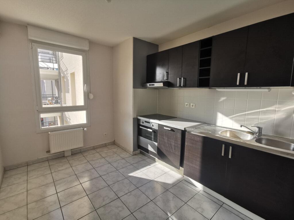 Appartement à louer 3 71.14m2 à Souffelweyersheim vignette-3
