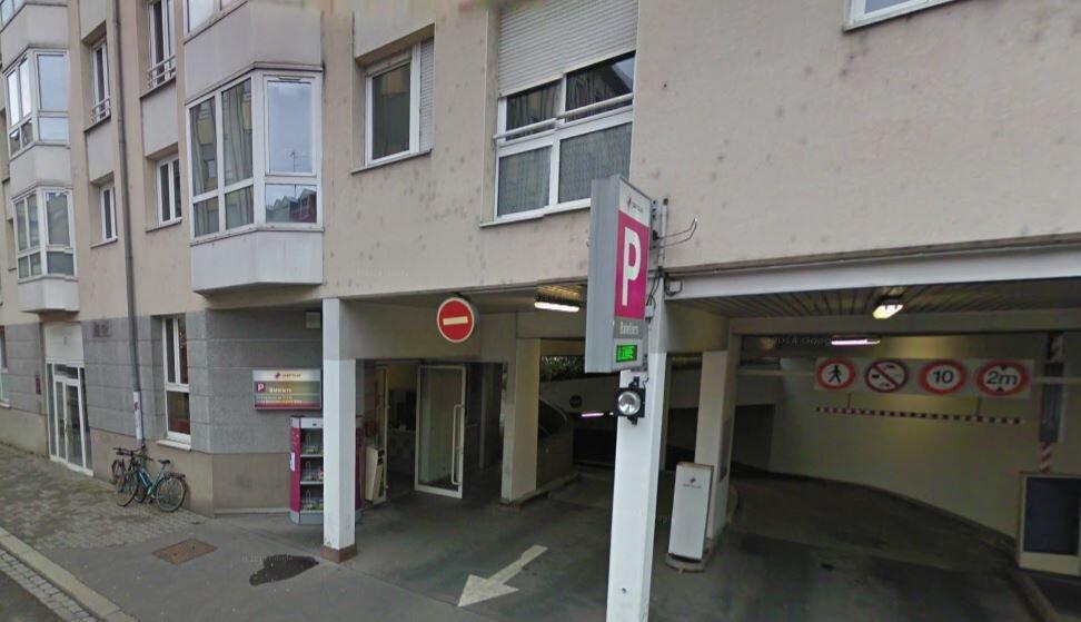 Stationnement à louer 0 12m2 à Strasbourg vignette-1