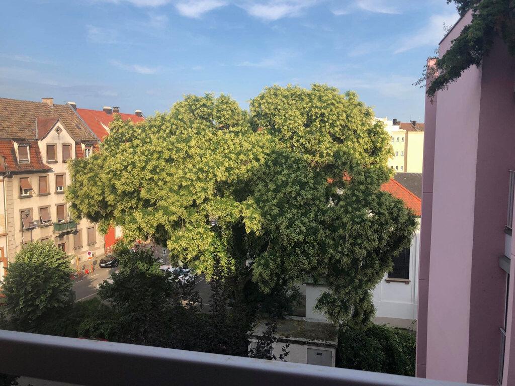 Appartement à louer 1 22.76m2 à Strasbourg vignette-1