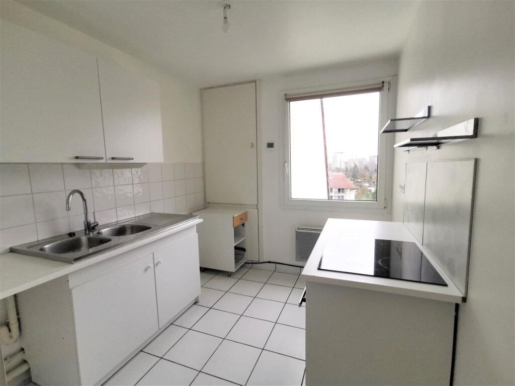 Appartement à louer 3 79m2 à Schiltigheim vignette-5