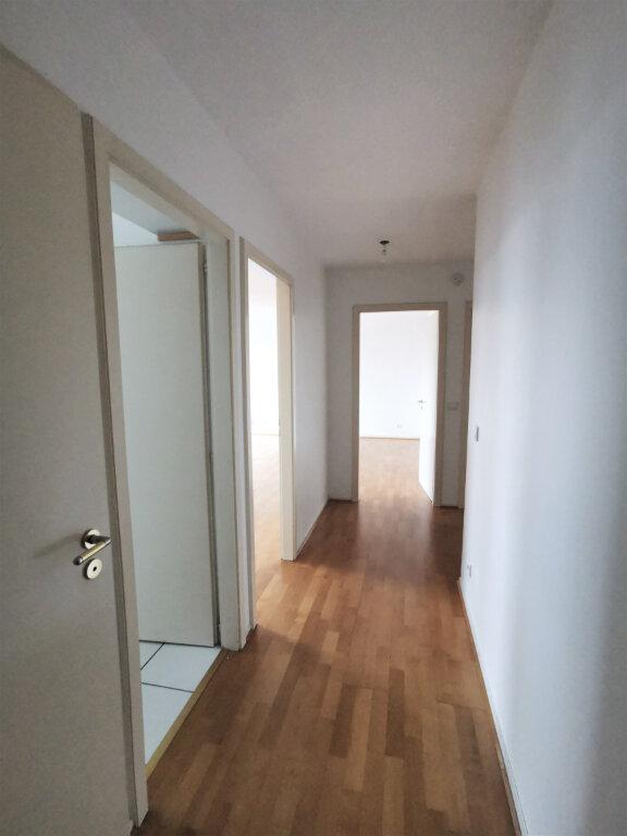 Appartement à louer 3 79m2 à Schiltigheim vignette-9