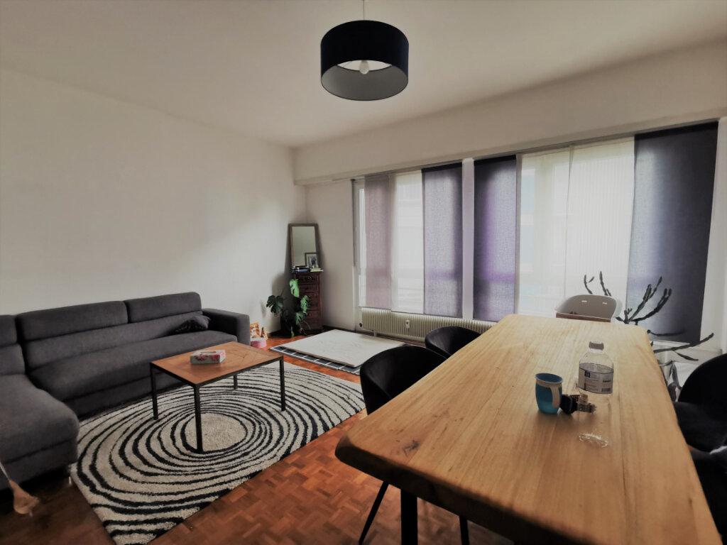 Appartement à louer 3 72.48m2 à Strasbourg vignette-1