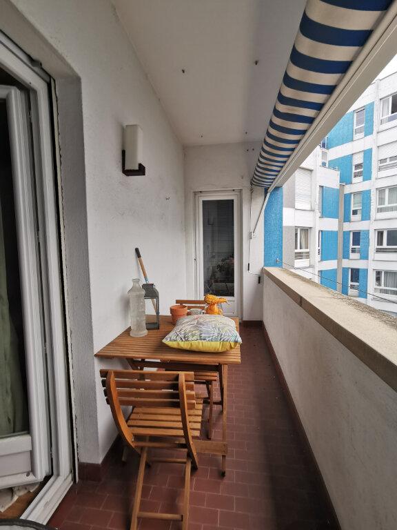 Appartement à louer 3 72.48m2 à Strasbourg vignette-6