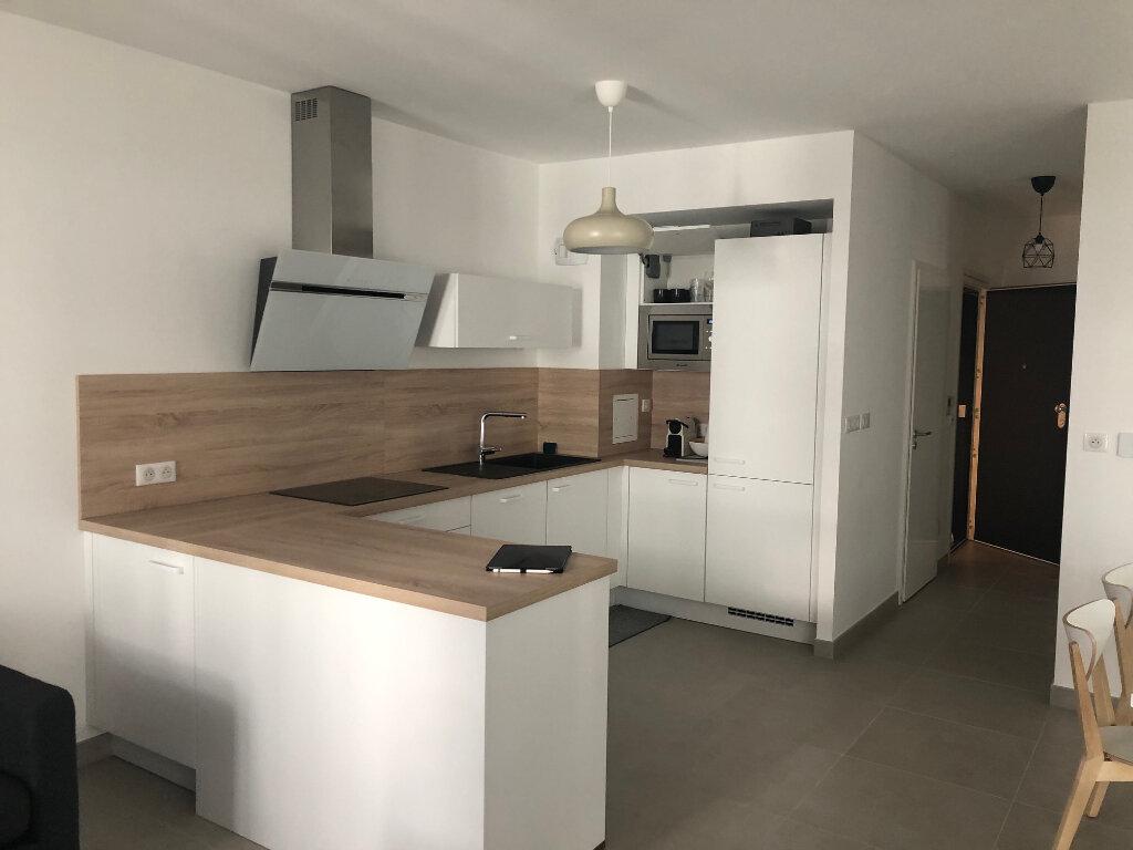 Appartement à louer 3 64.8m2 à Strasbourg vignette-4