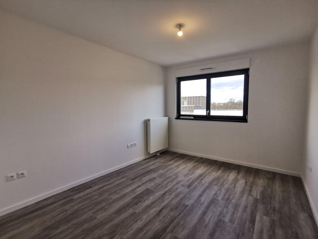 Appartement à louer 3 62.27m2 à Ostwald vignette-3