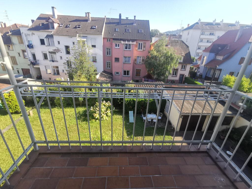 Appartement à louer 3 68m2 à Schiltigheim vignette-1