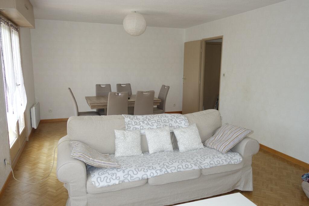 Appartement à louer 3 75.52m2 à Strasbourg vignette-1