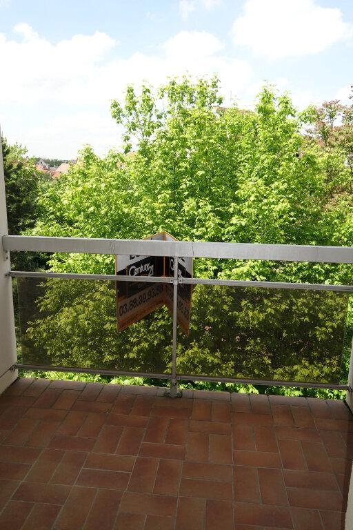 Appartement à louer 3 75.52m2 à Strasbourg vignette-3
