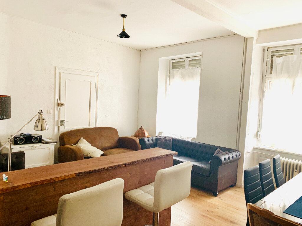 Appartement à vendre 4 94m2 à Strasbourg vignette-1