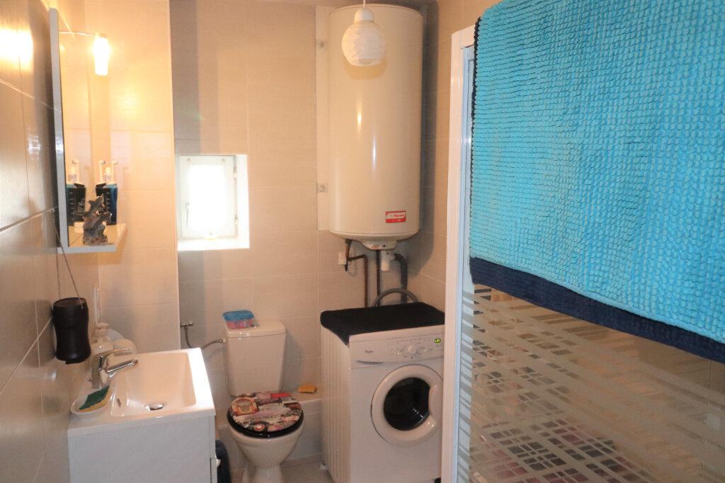 Appartement à vendre 2 58m2 à Schiltigheim vignette-5