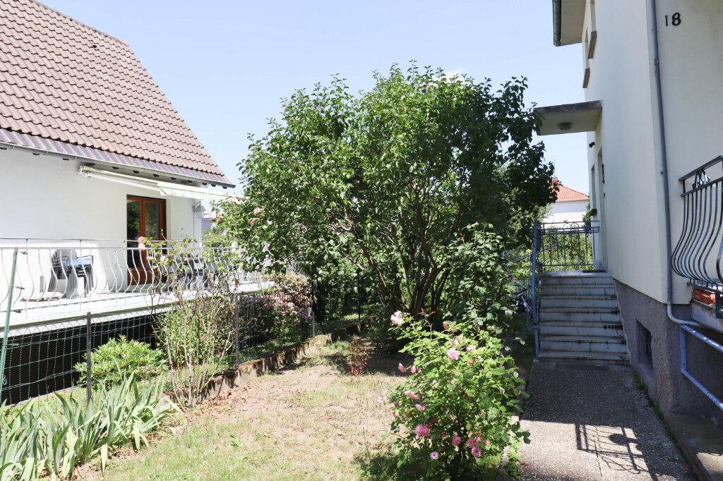 Appartement à vendre 4 97m2 à Strasbourg vignette-2