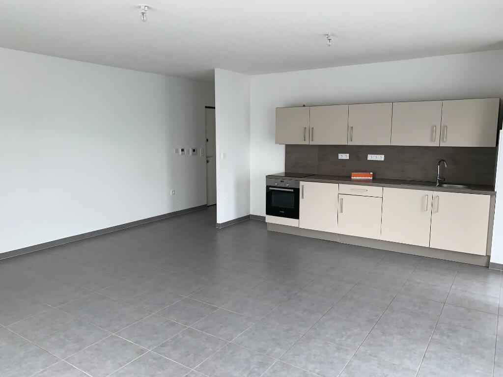 Appartement à louer 4 80m2 à Souffelweyersheim vignette-1
