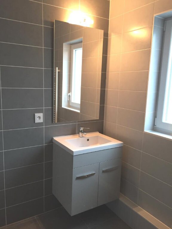 Appartement à louer 4 80m2 à Souffelweyersheim vignette-4