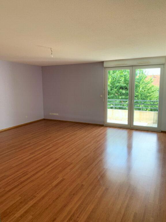 Appartement à louer 3 75m2 à Eckwersheim vignette-1
