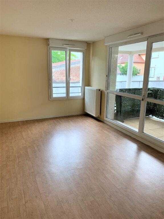 Appartement à louer 3 50m2 à Obernai vignette-2