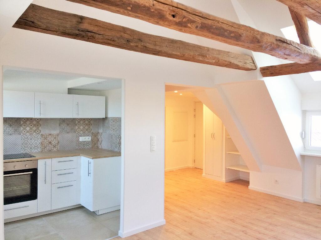 Appartement à louer 3 52.39m2 à Mollkirch vignette-1