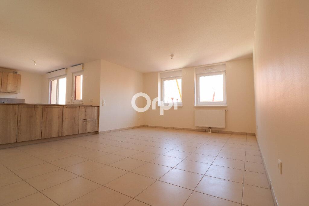 Appartement à louer 4 93.17m2 à Rosheim vignette-1