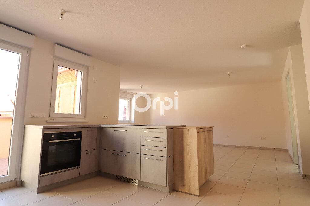 Appartement à louer 4 93.17m2 à Rosheim vignette-3