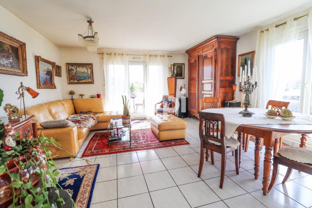 Appartement à vendre 3 91.94m2 à Colmar vignette-2