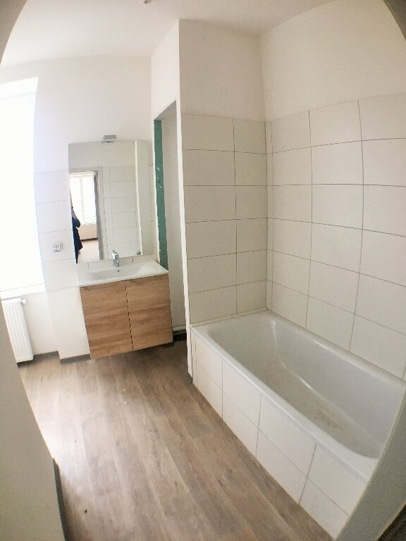 Appartement à louer 3 68m2 à Horbourg-Wihr vignette-5