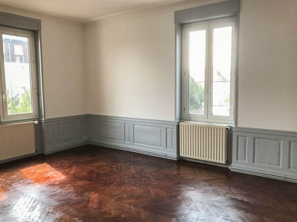 Appartement à vendre 5 142m2 à Colmar vignette-2