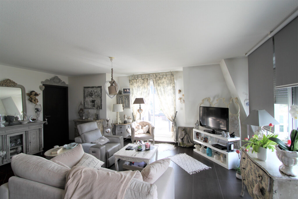 Appartement à vendre 3 74m2 à Brunstatt vignette-1