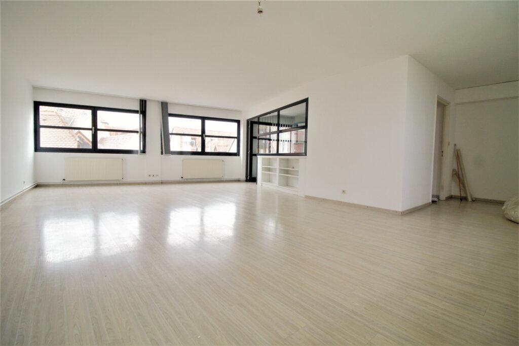 Appartement à louer 3 110m2 à Colmar vignette-3