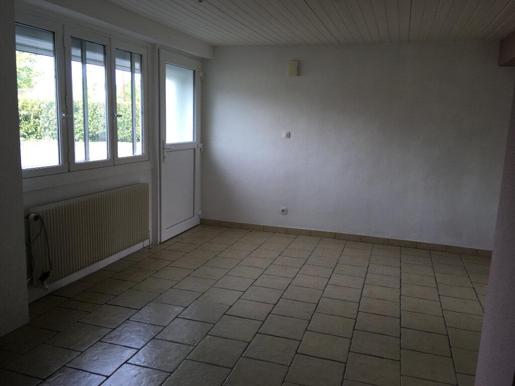 Appartement à vendre 4 75m2 à Bréchaumont vignette-3