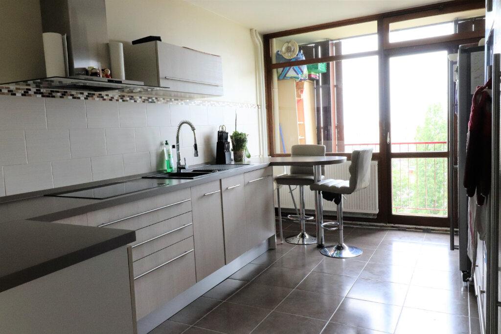 Appartement à vendre 4 130m2 à Mulhouse vignette-3
