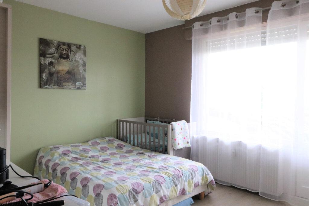 Appartement à vendre 4 130m2 à Mulhouse vignette-5