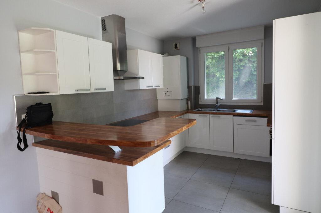 Appartement à louer 4 98.75m2 à Zimmersheim vignette-1