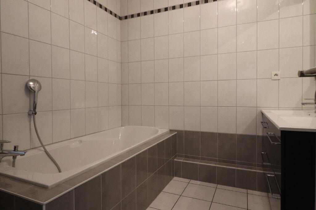 Appartement à louer 4 98.75m2 à Zimmersheim vignette-5