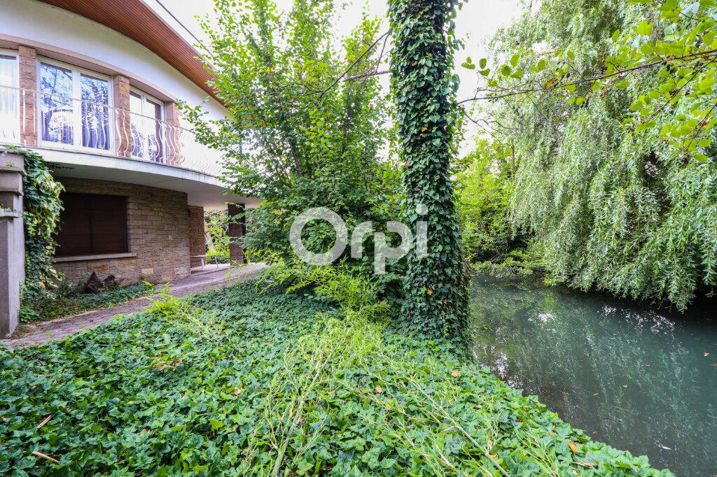 Maison à vendre 8 195m2 à Colmar vignette-1