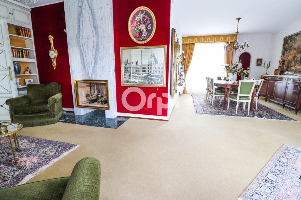 Maison à vendre 8 195m2 à Colmar vignette-3