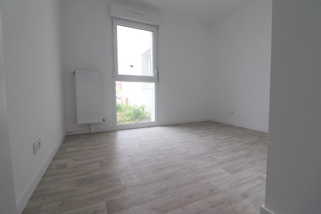 Appartement à vendre 3 66m2 à Kembs vignette-2