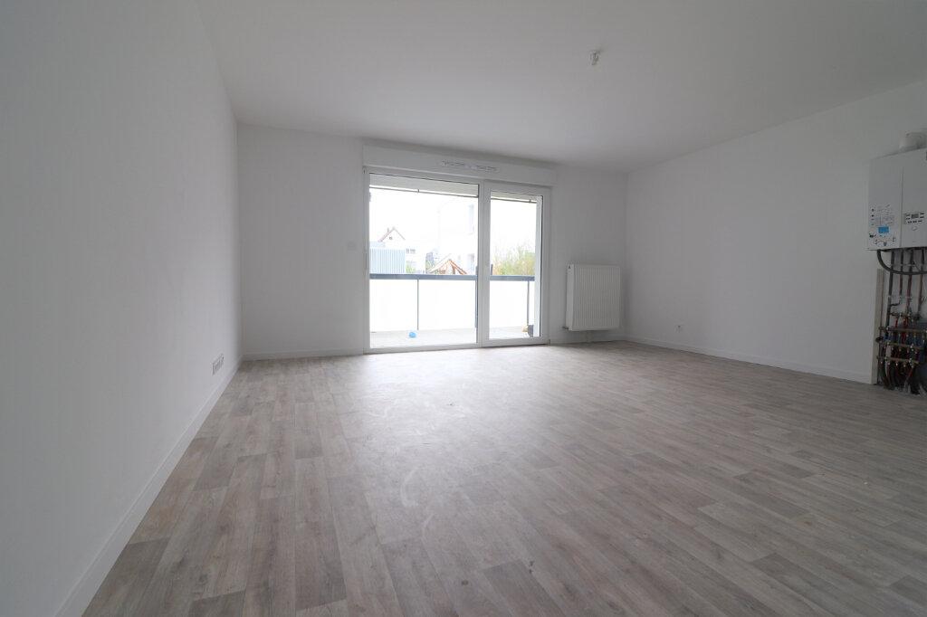 Appartement à vendre 3 63.84m2 à Kembs vignette-2