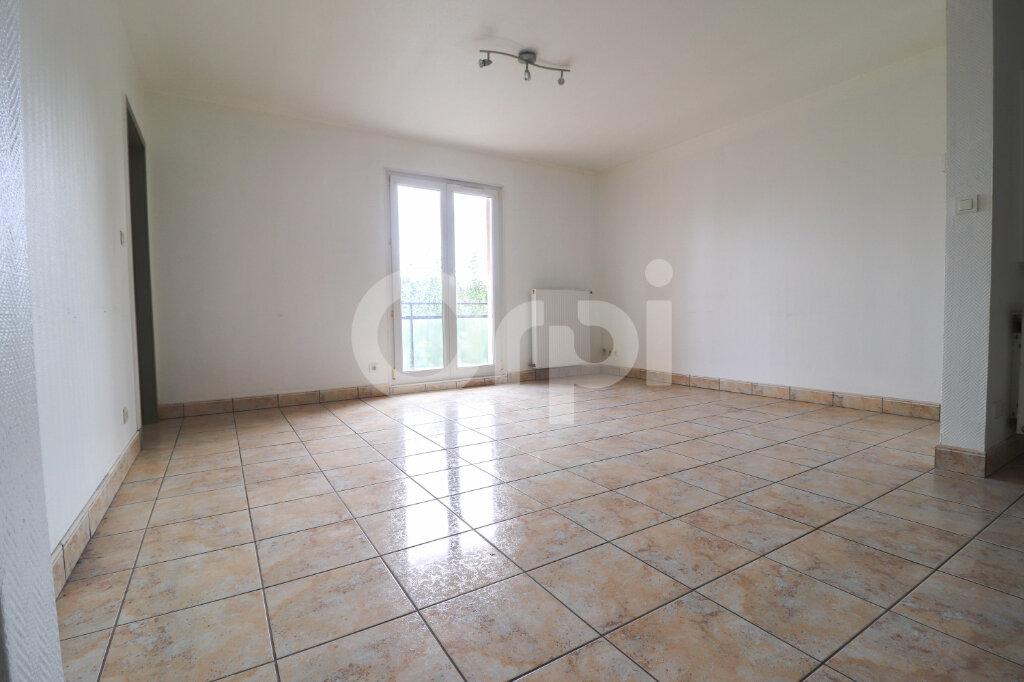Appartement à louer 3 64m2 à Colmar vignette-1