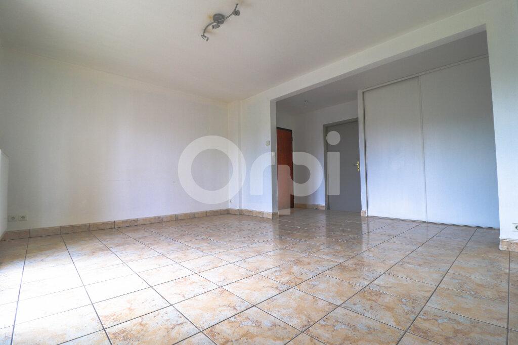 Appartement à louer 3 64m2 à Colmar vignette-2
