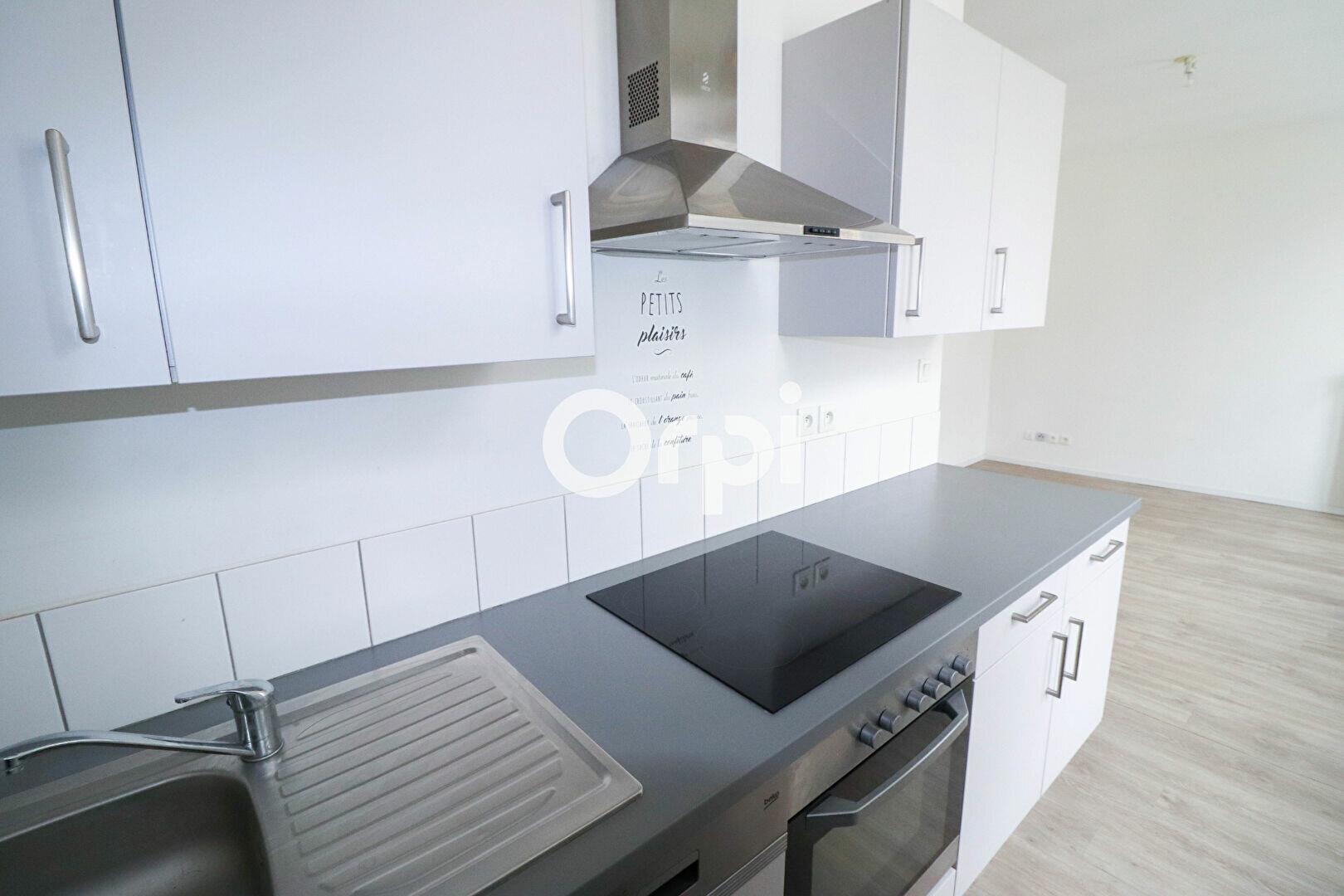 Appartement à louer 2 55m2 à Colmar vignette-3