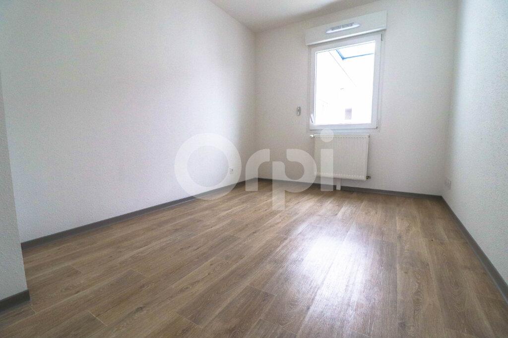 Appartement à louer 4 89m2 à Horbourg-Wihr vignette-4