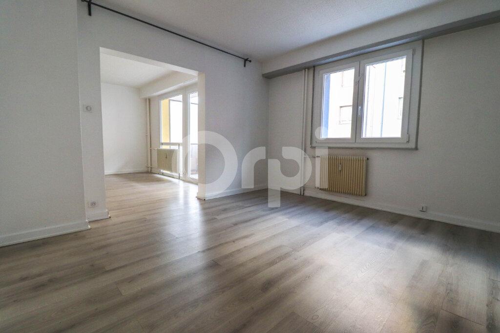 Appartement à louer 2 74m2 à Colmar vignette-3
