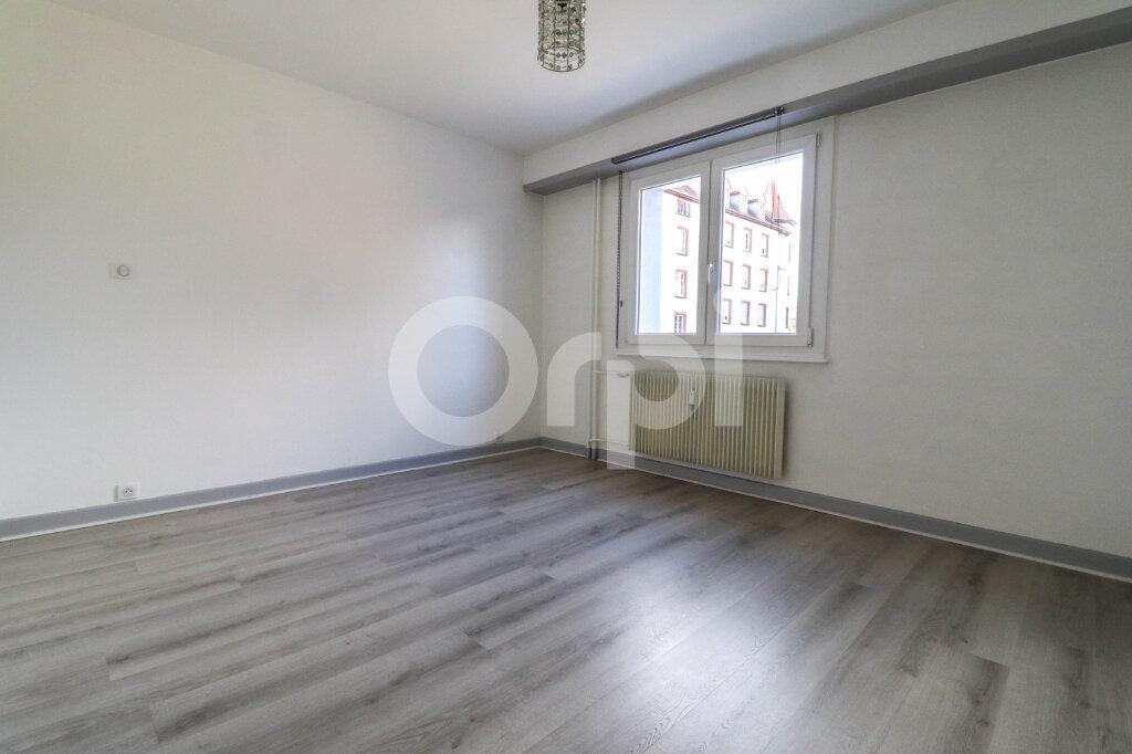 Appartement à louer 2 74m2 à Colmar vignette-6