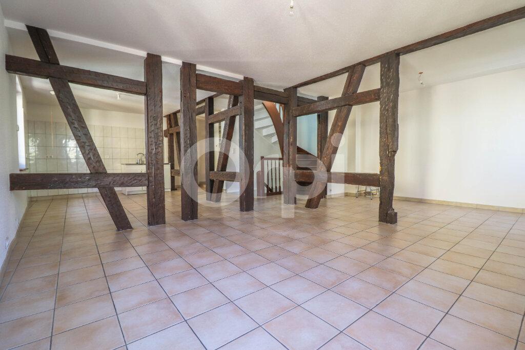 Appartement à louer 4 101m2 à Ribeauvillé vignette-2