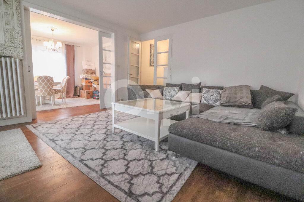 Appartement à louer 4 85m2 à Colmar vignette-1