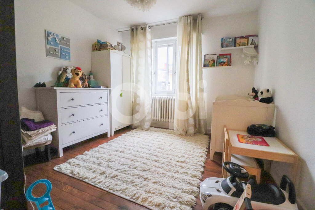 Appartement à louer 4 85m2 à Colmar vignette-4