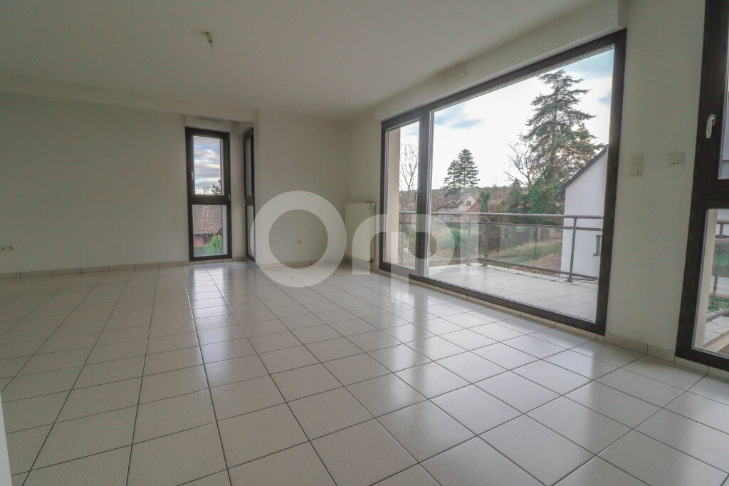 Appartement à louer 4 81.57m2 à Ribeauvillé vignette-1