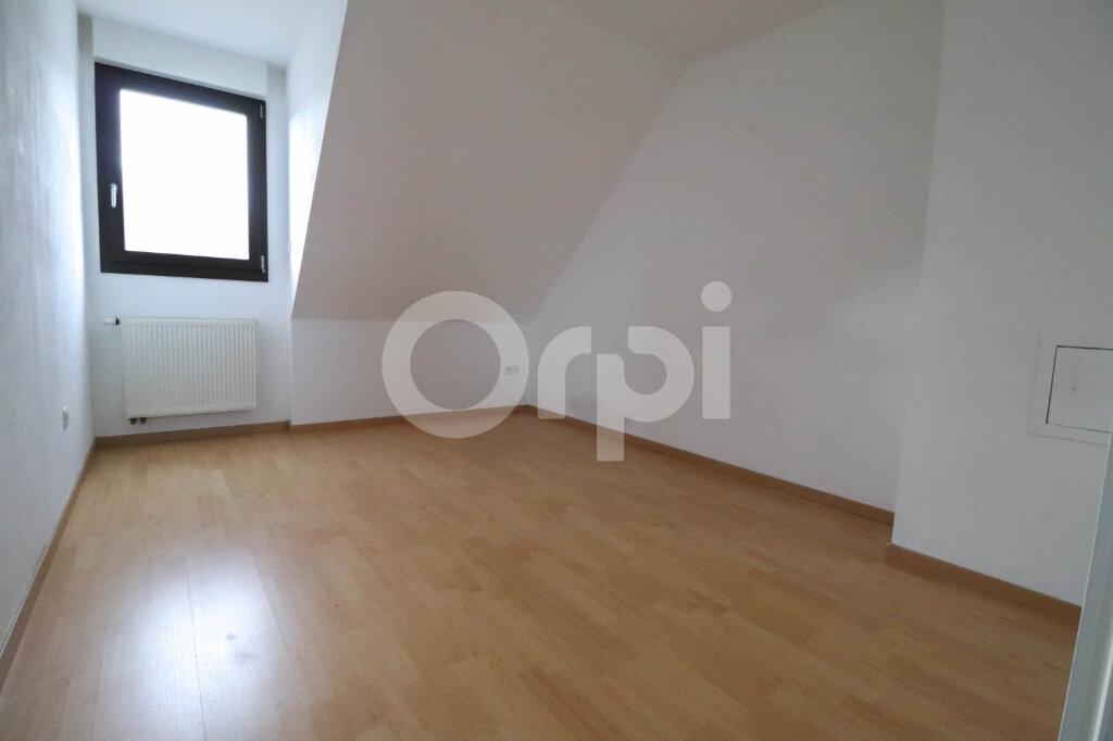 Appartement à louer 4 81.57m2 à Ribeauvillé vignette-7