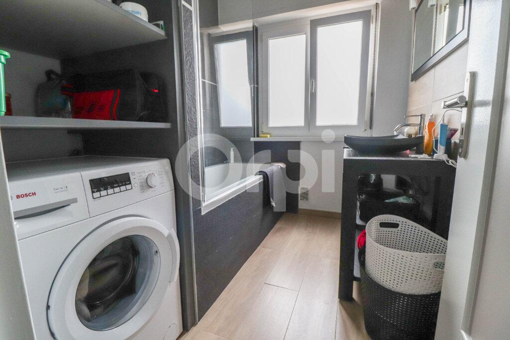 Appartement à louer 3 79m2 à Colmar vignette-6