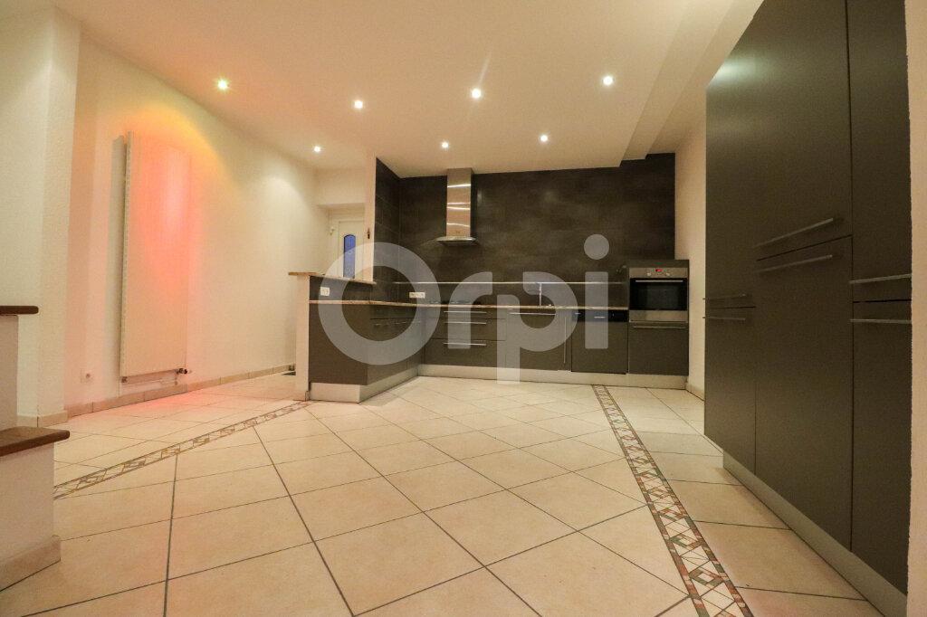 Appartement à louer 4 100.62m2 à Colmar vignette-2